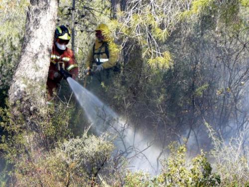 Incendio forestal en Vilamarxant. Foto: Bomberos de Valencia
